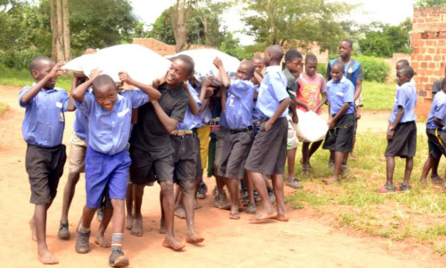 Unterstützung für Kinder der Catherine Primary School Kangulumira in Uganda